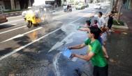 『泰國曼谷自由行』瘋狂潑水節!嘟嘟車街道潑水大冒險
